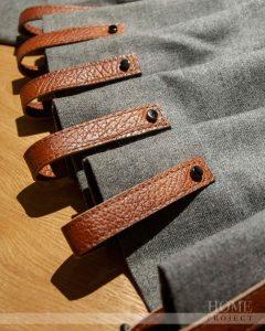 шторы на кожаных петлях